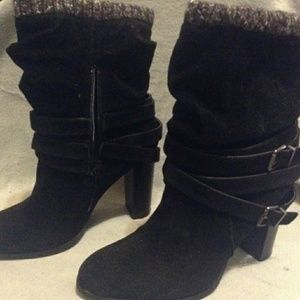 Ankle high heeled boots